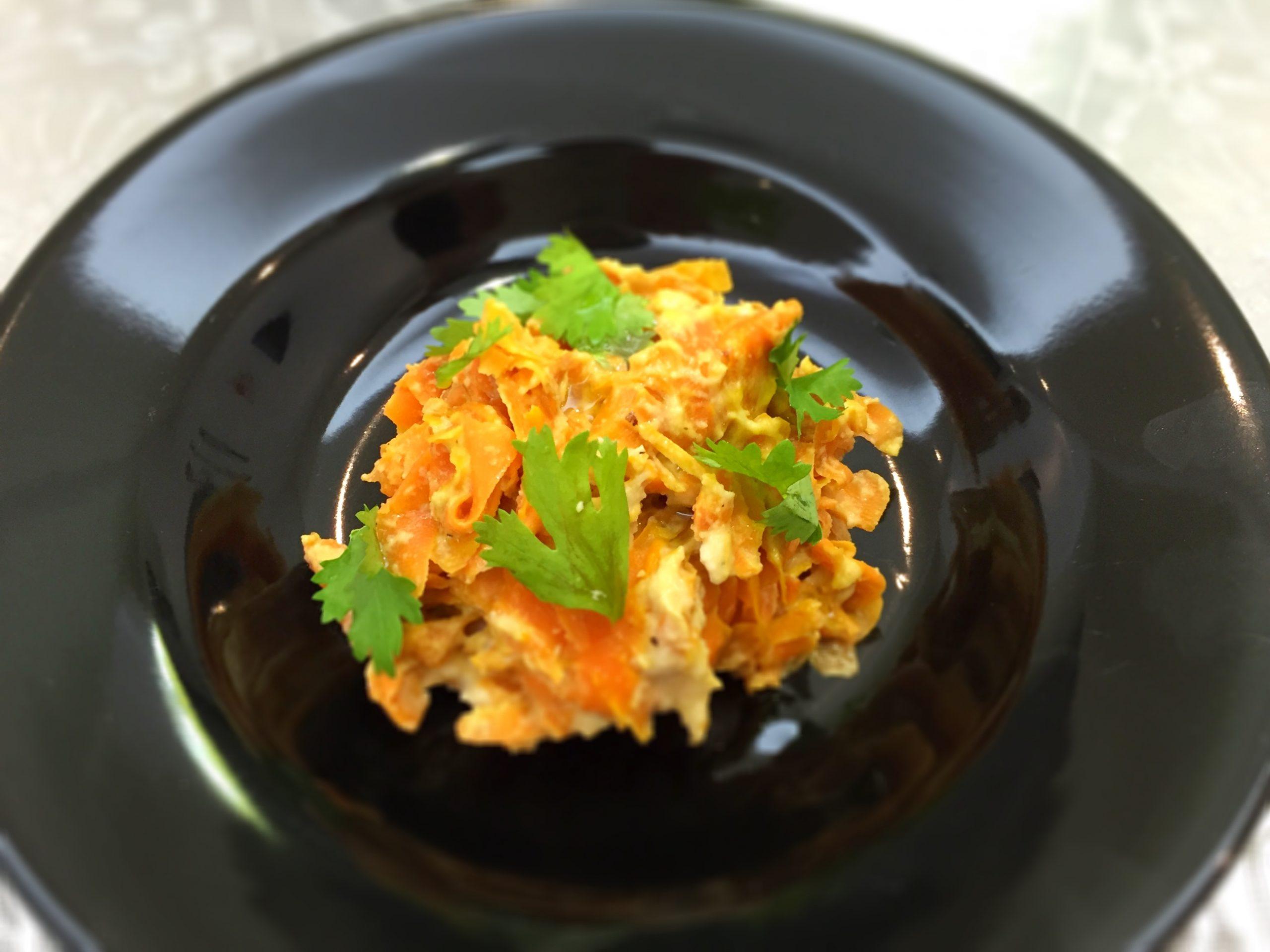 Fettuccine de cenoura com molho Alfreda - Blog da Spice