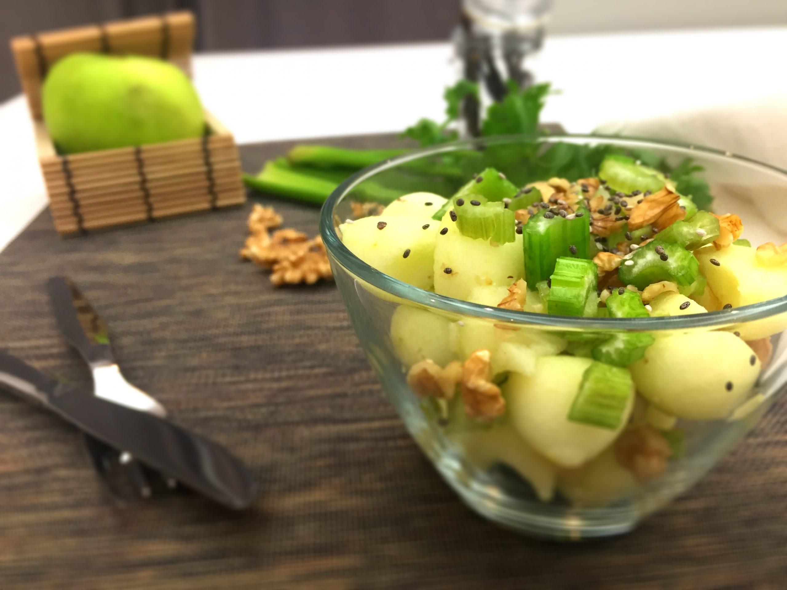 Salada Fresca de Maçã e Aipo - Receita Rápida - Blog da Spice