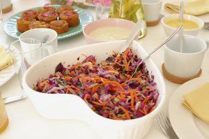 Salada de couve massajada - Blog da Spice