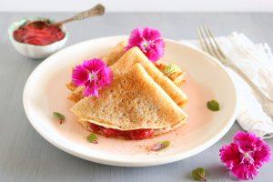 Crepes sem glúten com doce de morango - Blog da Spice