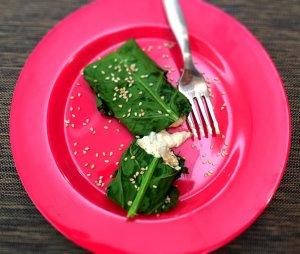 Wraps de couve com recheio de frango e mascarpone - Blog da Spice